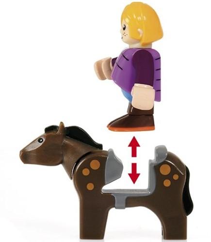 BRIO trein Grote paardenstal  33791-2