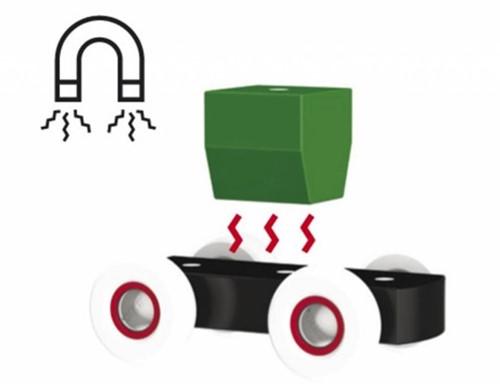 Brio  houten bouwblokken Vrachtauto met magnetische blokken 30136-3