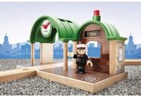 Brio  houten trein accessoire Station met geluid 33580-2