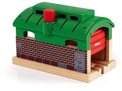 BRIO trein Treingarage met roldeuren 33574-1